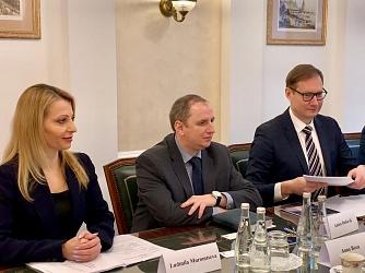 Роман Артюхин встретился с представителями института присяжных бухгалтеров Англии и Уэльса